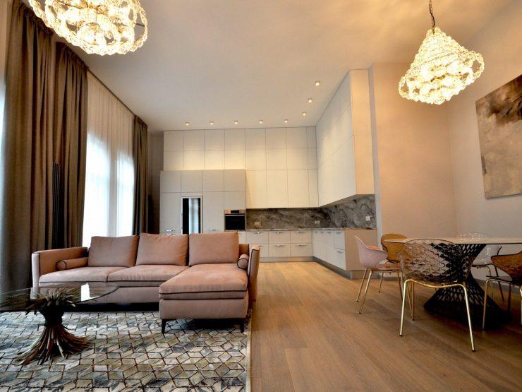 Brīnišķīgs dzīvoklis modernā projektā Jūrmalā