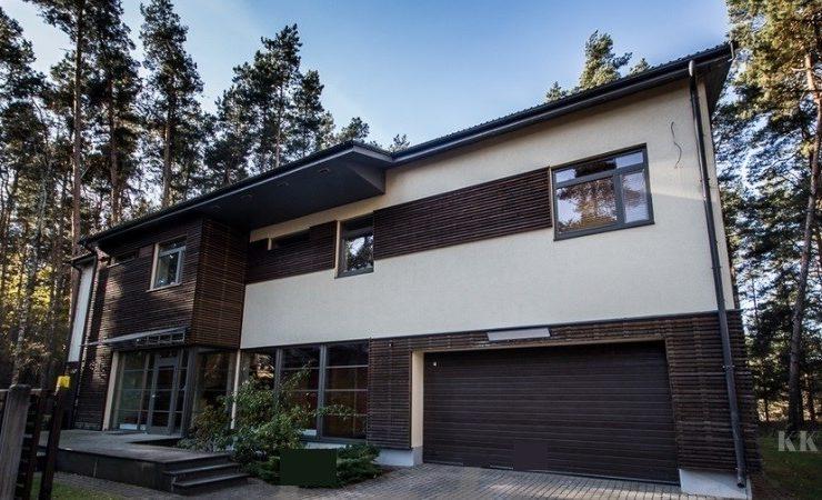 Pārdod māju Baltezerā!