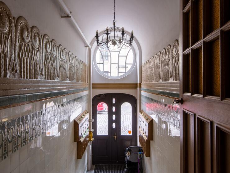For rent beautiful apartment in Riga silent center