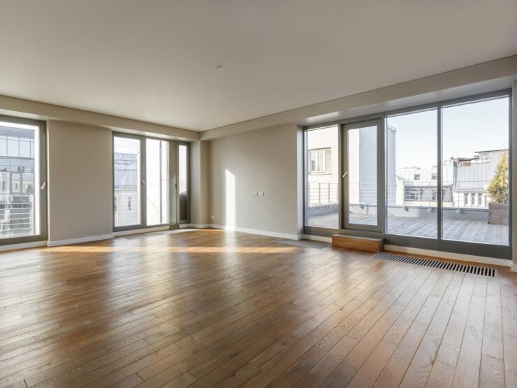 We offer a 4-room apartment on Dzirnavu Street